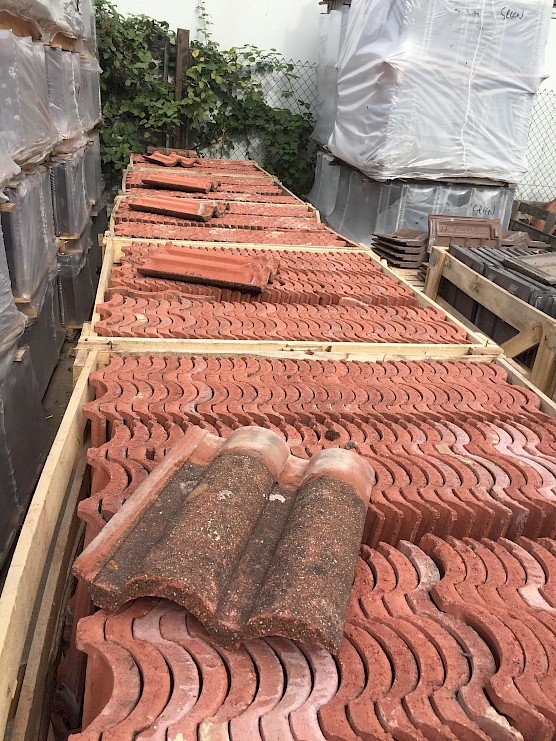 Reclaimed Marley Bold Roll Roof Tiles